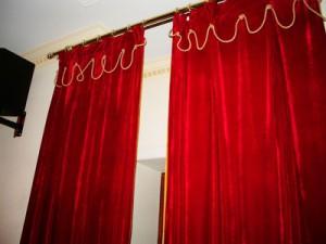 шторы из бархата, ткань бархат